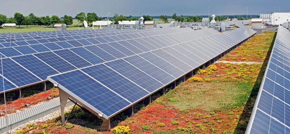 Viele Hausbesitzer hätten gern eine Solaranlage auf dem Haus, scheuen aber die Kosten. Welche Renditen möglich sind
